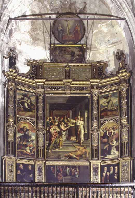 <p>Original location in the cathedral. Altarpiece of the Marshal's Chapel, Seville cathedral</p>