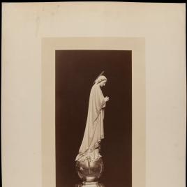 Inmaculada (vista de perfil derecho)