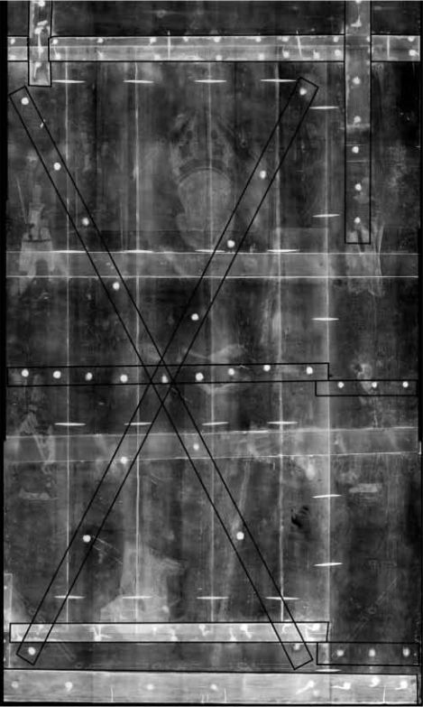 <p><strong>Figure 2.</strong>Bartolomé Bermejo,<em>Saint Dominic of Silos enthroned as a Bishop</em>. X-radiograph. The original reinforcement system (in the form of a cross of Saint Andrew) has been digitally enhanced with black lines.</p>