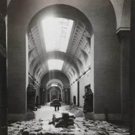 Arte protegido [Material gráfico] : memoria de la Junta del Tesoro artístico durante la Guerra Civil / Museo Nacional del Prado.